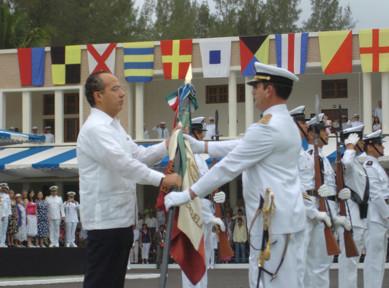 Grados militares en la armada y en el ejército mexicano